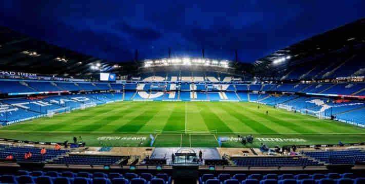 Manchester City vs Arsenal di Tunda